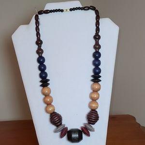 Wonden Necklace Browns, Blue, Burgundy